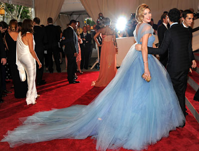 Img-hp-main---met-costume-gala_150951653324